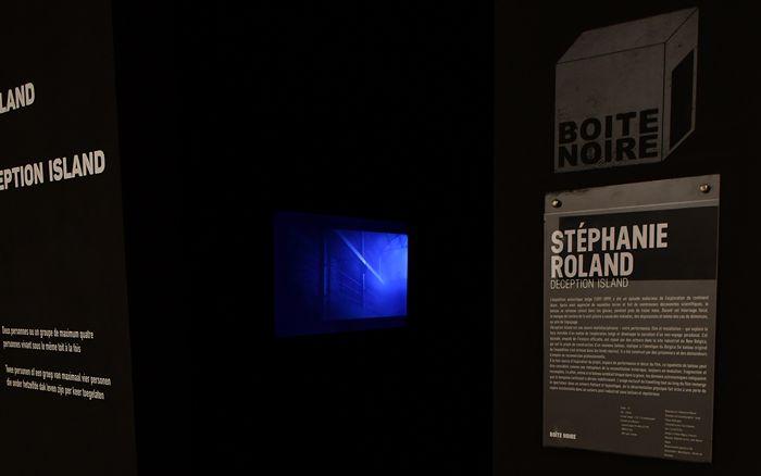 Expositions/ExpositionsPassées/26-09-20/Expo4BoiteNoire/StephanieRolandBoiteNoire-museephoto.jpg